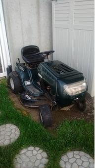 """38"""" Bolens Lawn Tractor"""