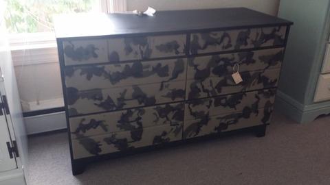 Camouflage dresser