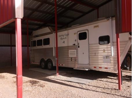 2008 Cimarron Living Quarters Horse Trailer
